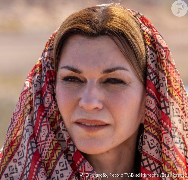 Novela 'Gênesis': na velhice, Sarai/Sara (Adriana Garambone) ouve promessa de Jesus sobre filho