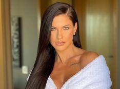 Andressa Suita testa cabelo ruivo e avalia mudança de visual: 'Tô amando'. Vídeo!