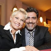 Xuxa e Junno Andrade participam de premiação com presença de Mateus Solano