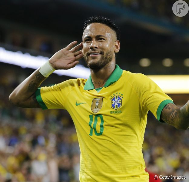 Neymar é acusado de assédio sexual por funcionária da Nike, diz jornal