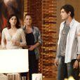 Samantha (Claudia Raia) tentar tirar Caíque (Sergio Guizé) da festa, mas ele insiste em ficar para celebrar o noivado de Marcos (Thiago Lacerda) e Laura (Nathalia Dill), em 'Alto Astral'