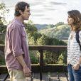 Laura (Nathalia Dill) desiste de se casar com Marcos (Thiago Lacerda) e procura Caíque (Sergio Guizé), em 'Alto Astral'