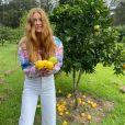 Os cabelos ruivos da atriz Marina Ruy Barbosa estão em alta na temporada de inverno