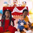 Giovanna Ewbank compartilha clique do aniversário de 1 ano de Zyan