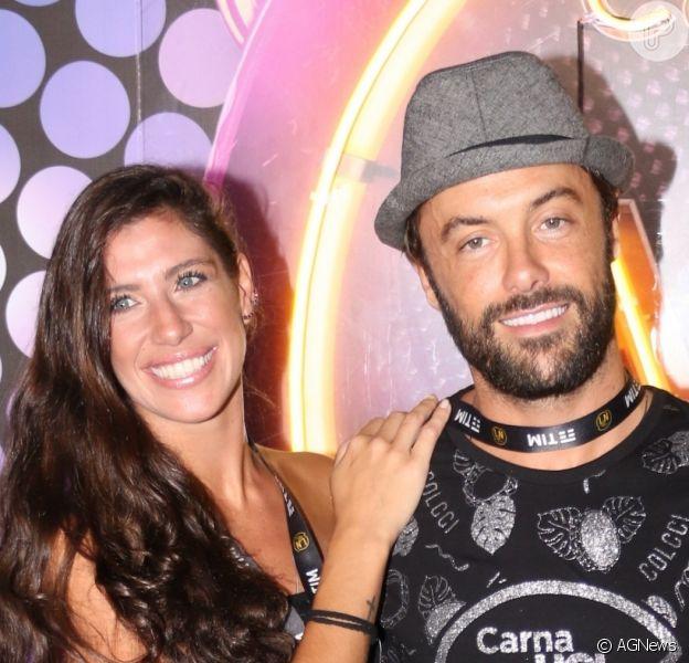Namorada de Kayky Brito, Tamara Dalcanale exibiu a barriga de grávida pela primeira vez