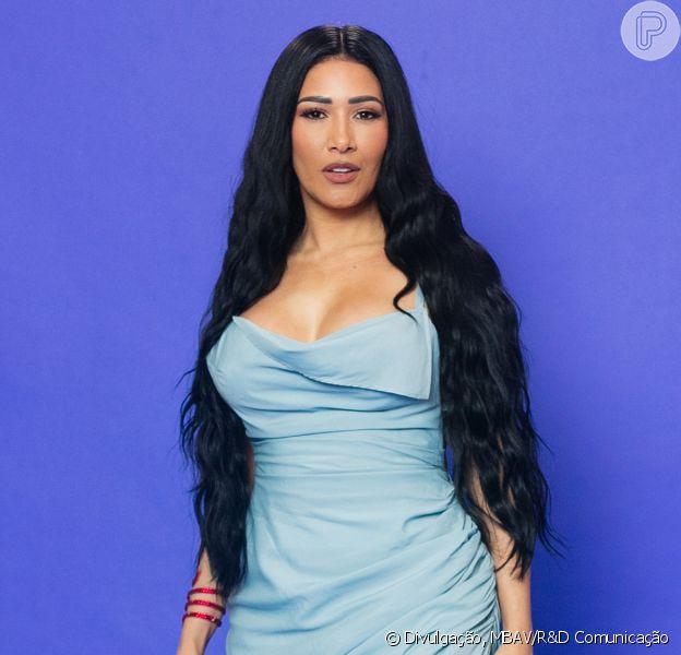 Moda de Simaria: look de R$16 mil valoriza silhueta da cantora