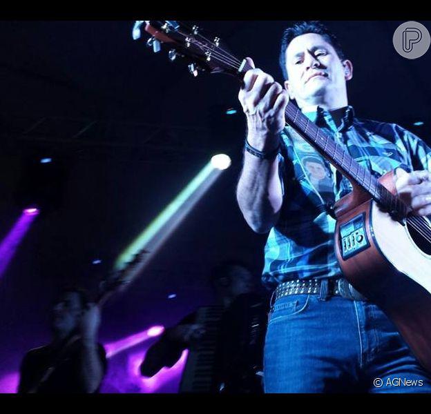 Cantor sertanejo Gian volta a ser internado em hospital de São Paulo quase dois meses após ter AVC