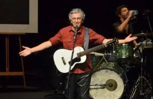 Caetano Veloso faz show no Rio com presença de Marcos Palmeira e famosos