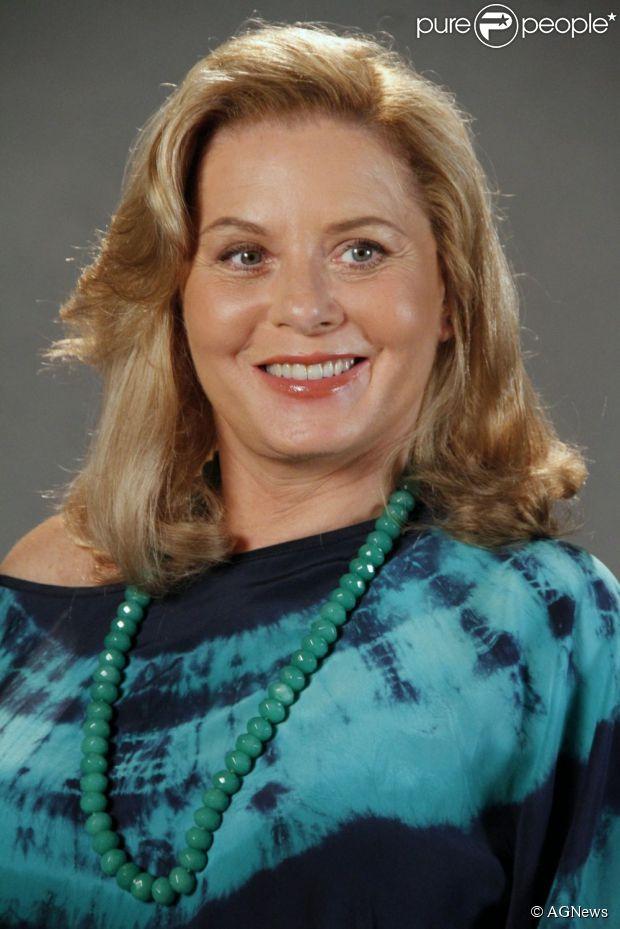 Vera Fisher critica falta de emoção nas cenas de Irina, de 'Salve Jorge', e diz que quer um papel maior na TV, em conversa com o jornal 'O Globo', em 26 de março de 2013
