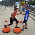 Carol Barcellos treina pesado para manter o fôlego durante todo o quadro do 'Esporte Espetacular'. A jornalista também enfrentará um desafio no gelo