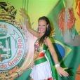 Paolla se dedicou à estreia no posto de rainha de bateria da Grande Rio, em 2009, e impressionou pela silhueta mais seca durante o Carnaval