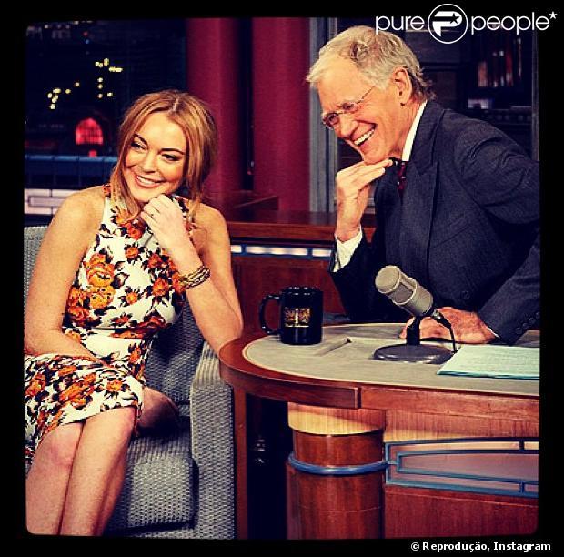 Lindsay Lohan chora ao ser entrevistada por David Letterman, em 9 de abril de 2013