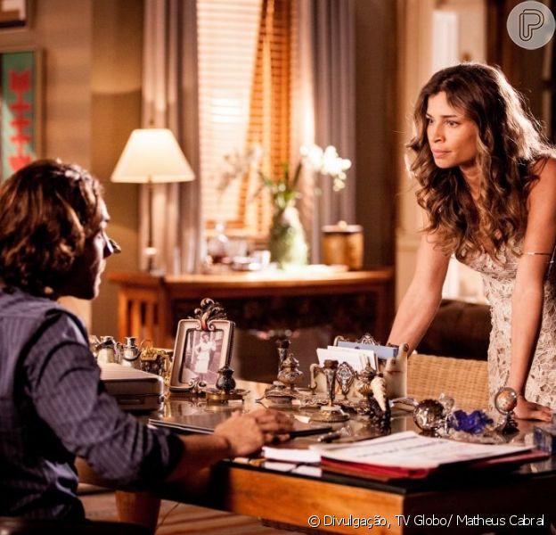 Ester (Grazi Massafera) briga mais uma vez com Alberto (Igor Rickli) e sai de casa, em 'Flor do Caribe', em 6 de maio de 2013