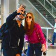 Marina Ruy Barbosa ainda atendeu fãs e posou para selfies