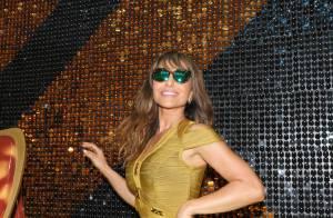 Sabrina Sato usa look sexy e anel de ouro branco com diamantes de R$23 mil em SP