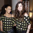 As atrizes Taís Araújo e Alinne Moraes posam juntas no show da rainha do pop