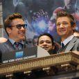 Robert Downey Jr. e Jeremy Renner na Bolsa de Valores de Nova York