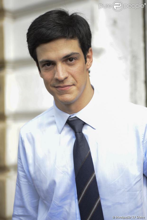 Mateus Solano interpreta o vilão Félix, de 'Amor à Vida', que estreou nesta segunda-feira, 20 de maio de 2013. O personagem é o preferido dos telespectadores