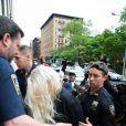 Amanda Bynes é presa no dia 23 de maio por porte de maconha em seu apartamento em Nova York