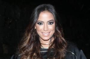 Assessoria de Anitta nega que cantora esteja morando com fã: 'São amigas'