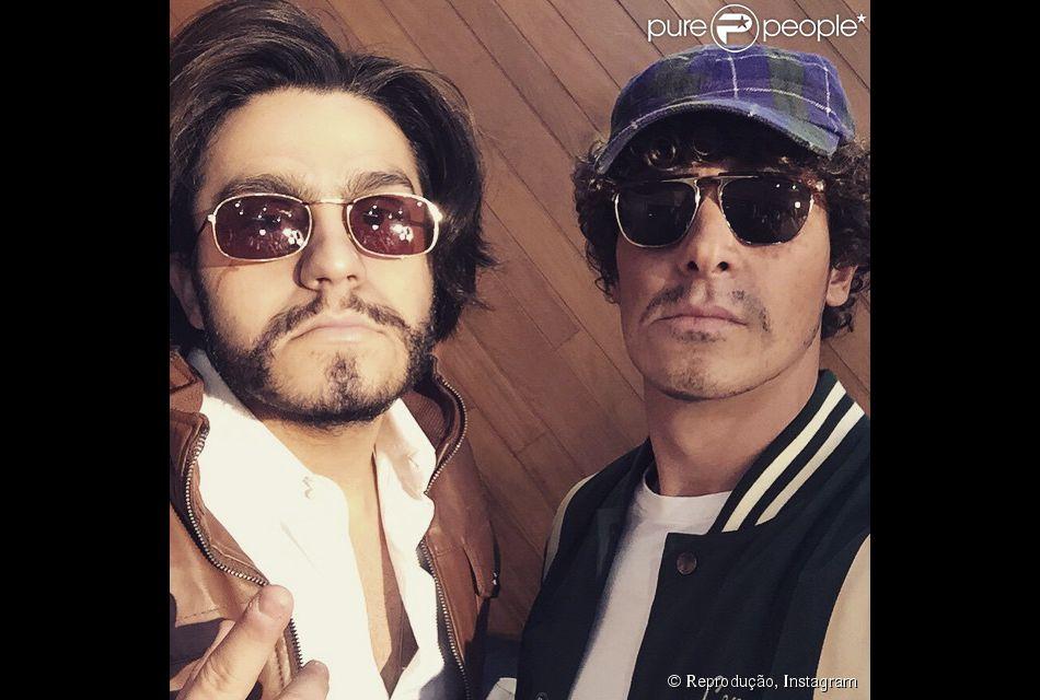Luan Santana e Rodrigo Faro sentiram o gostinho do anonimato. Eles se  disfarçaram para realizar b528db9cb6