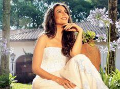 Tania Khalill posa de vestido de noiva para revista e relembra seu casamento