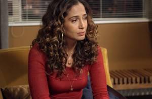 'Babilônia': Regina sai da prisão, mas sua inimiga arma flagrante com drogas