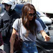 Victoria Beckham inspira nome de doença gerada pelo uso de bolsa pesada