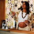 Grávida na vida real, Dira Paes viveu a também grávida Gisele na série 'Casos e Acasos', em 2008