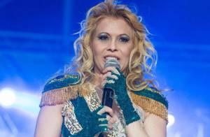 Joelma anuncia em show que vai seguir carreira gospel em 2014: 'Calypso de Deus'