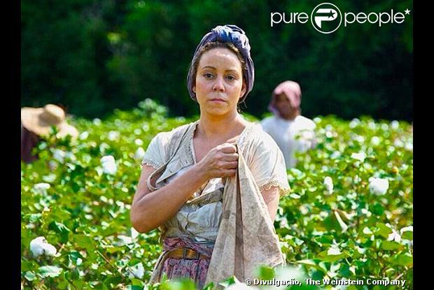 Mariah Carey aparece irreconhecível, sem maquiagem, na foto de divulgação de seu novo filme, 'The Butler', em junho de 2013