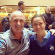 Fernanda Gentil ao lado de Felipe Scolari, técnico da Seleção Brasileira