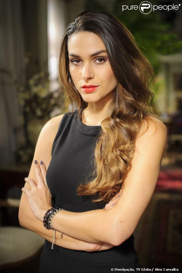 Leila (Fernanda Machado) arma para Nicole (Marina Ruy Barbosa) demitir Lídia (Angela Rebello) e se muda para a mansão da amiga, além de sugerir que a ruiva faça um testamento beneficiando Thales (Ricardo Tozzi), em 'Amor à Vida', em julho de 2013