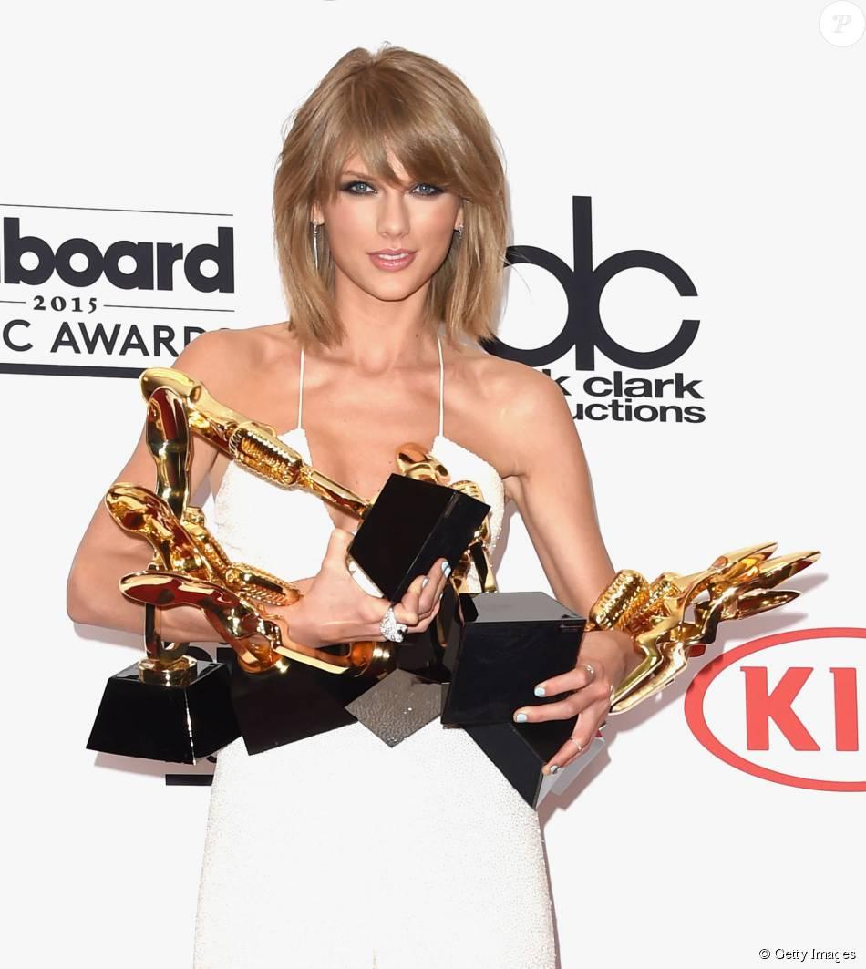 Taylor Swift levou oito troféus no Billboard Music Awards ...