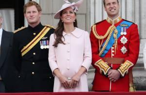Kate Middleton dá à luz seu primeiro filho com o príncipe William: é um menino!