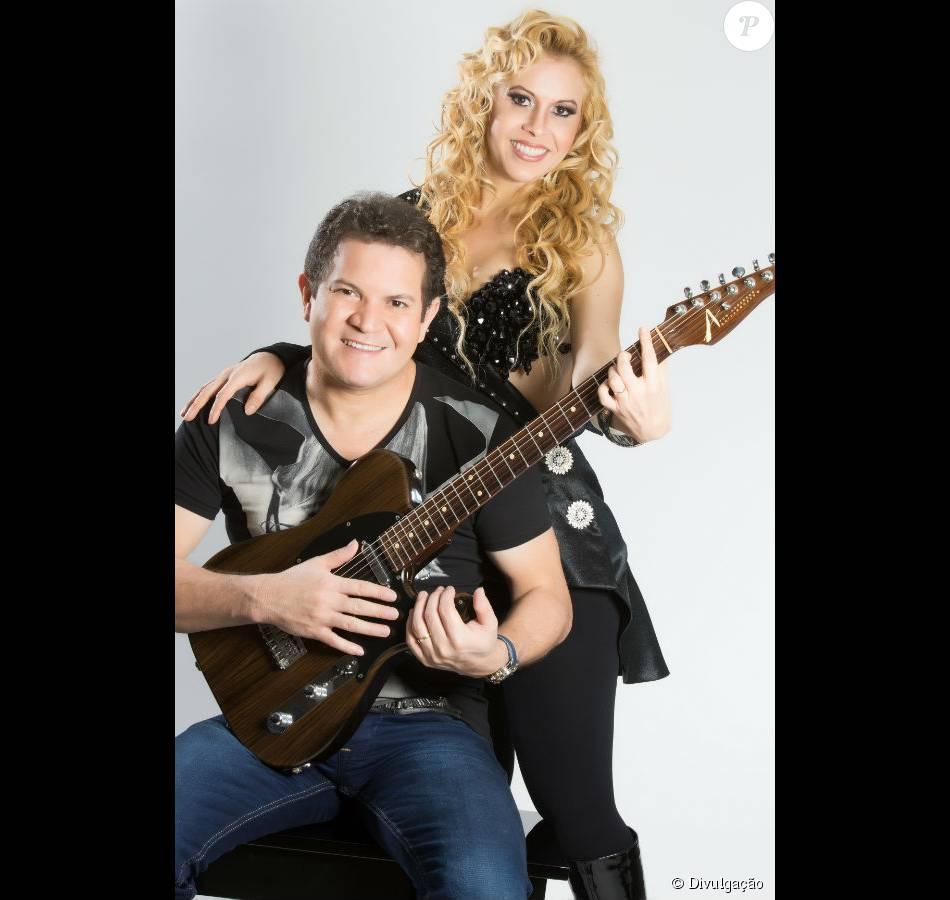 Chimbinha vai voltar para a banda Calypso no próximo sábado, dia 3, ao lado de Joelma, como informou ao Purepeople Mauro Neto, gerenciador de crise contratado pelo guitarrista