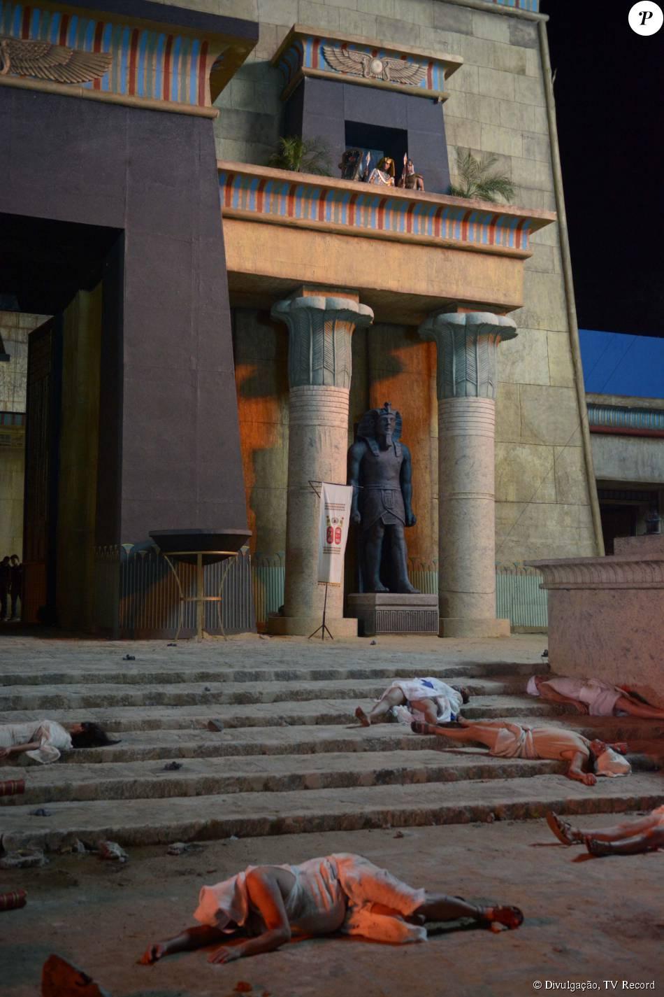 Sétima praga vai castigar ainda mais os egipcios, na novela 'Os Dez Mandamentos'