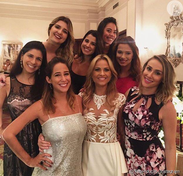 Luiza Valdetaro celebrou sua união com o empresário Mariano Marcondes Ferraz na noite de domingo, 4 de outubro de 2015