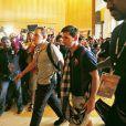 Messi desembarca e causa alvoroço em aeroporto da Malásia