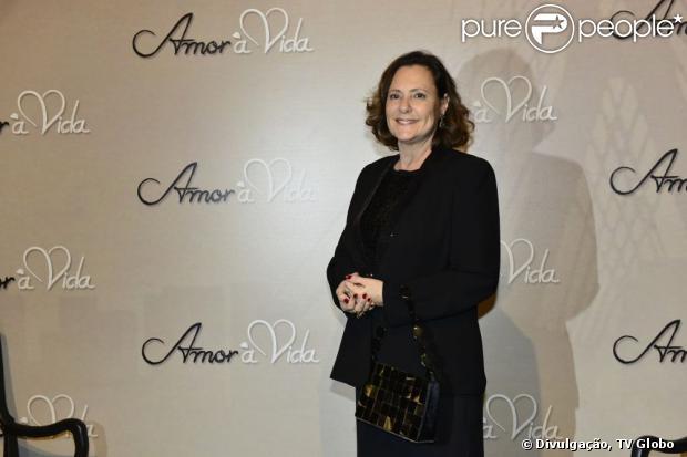 Elizabeth Savala criticou a restrição de polêmicas nas novelas em entrevista ao site do programa 'Mais Você', publicada nesta segunda-feira, 12 de agosto de 2013