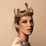 Luana Piovani posta fotos vestida de rainha e de noviça em seu Twitter