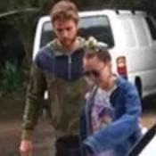Miley Cyrus e o ex-noivo, Liam Hemsworth, são vistos juntos na Austrália
