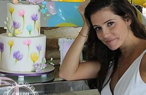 Deborah Secco faz festa para comemorar 1 mês da filha, Maria Flor: 'Amor'