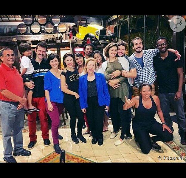 Sophie Charlotte e Daniel de Oliveira estão em Minas Gerais aproveitando as férias com a família do ator