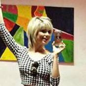 Julianne Trevisol, de 'Totalmente Demais', vai desfilar no Carnaval: '1º ano'