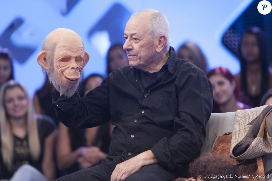 Orival Pessini morreu aos 72 anos em 14 de outubro, vítima de um câncer no baço. O humorista criou personagens como Fofão e Patropi