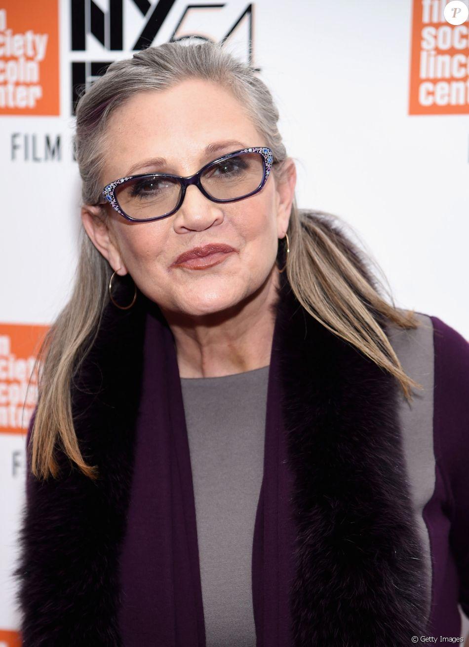 A atriz Carrie Fischer, da saga 'Star Wars', sofreu um ataque cardíaco e morreu no dia 27 de dezembro de 2016