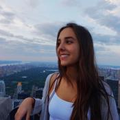 Lara Silva, filha de Faustão, cresceu e chama atenção em fotos nas redes sociais
