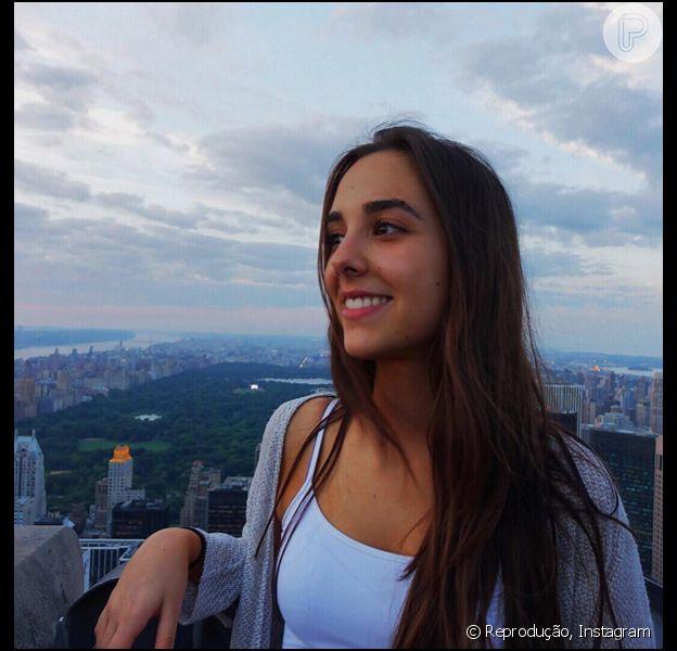 Lara Silva é filha do apresentador Fausto Silva e da artista Magda Colares