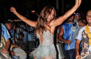 Carnaval 2016: Sabrina Sato mostra samba no pé em ensaio de rua da Vila Isabel